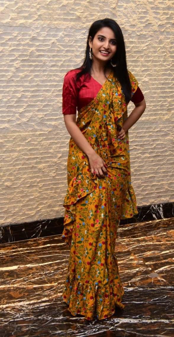 Ananya Nagalla in yellow ruffle saree for Vakeel Saab magavu nee Vijayam event-4