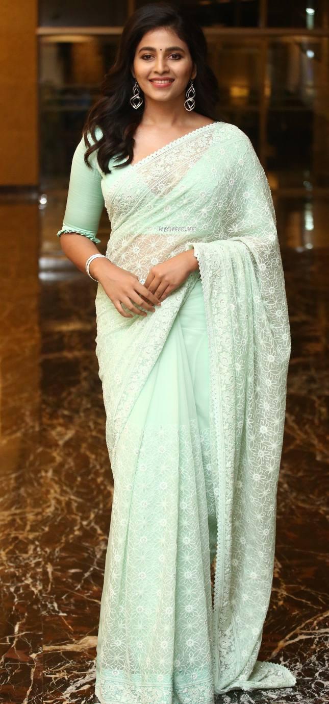 Anjali in mint green saree for magavu nee vijayam event for Vakeel saab-4