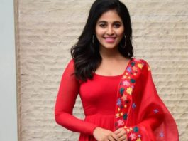 Anjali in red anarkali in vakeel saab promotions1.4