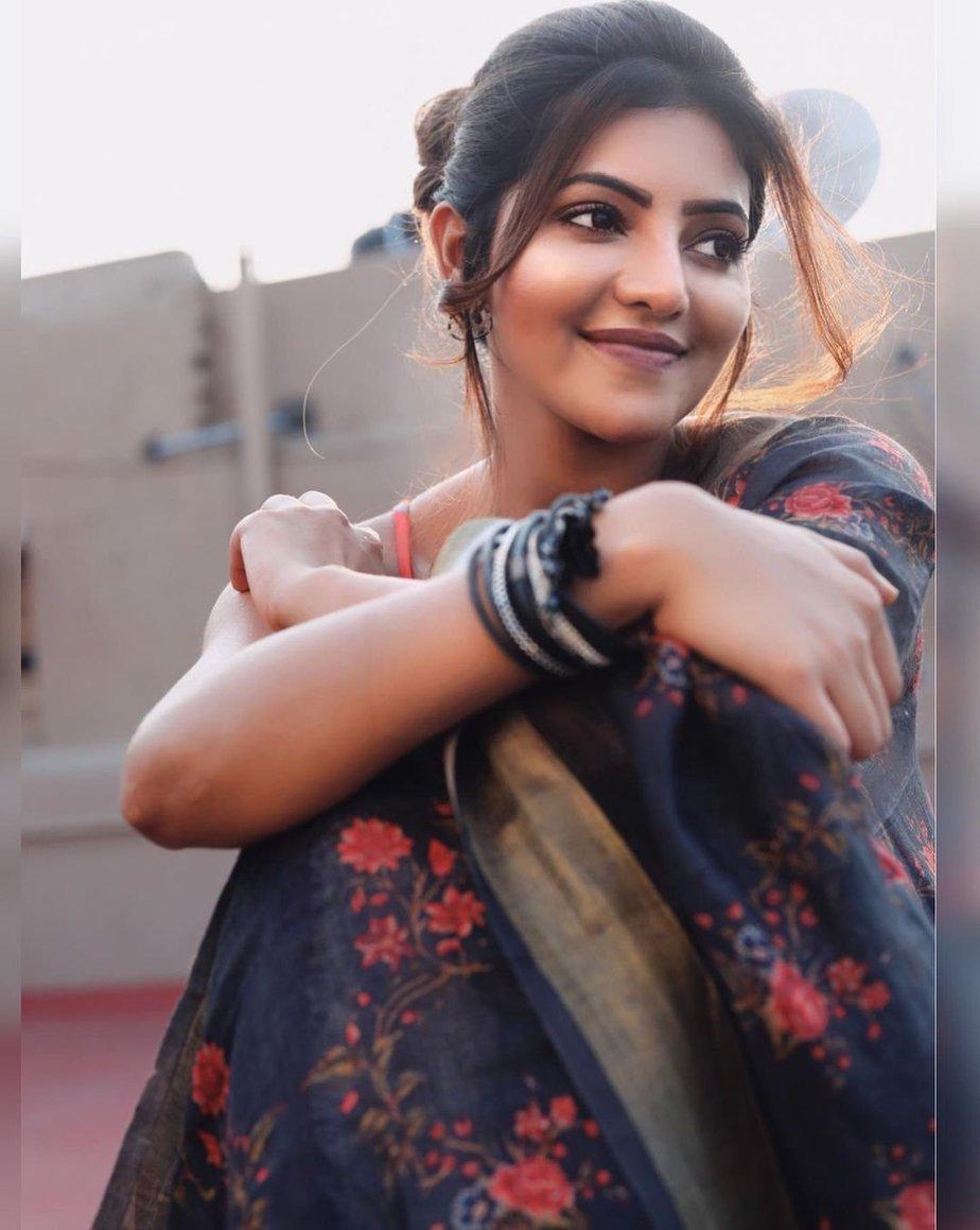 Athulya Ravi in a saree by elegant fashion-1