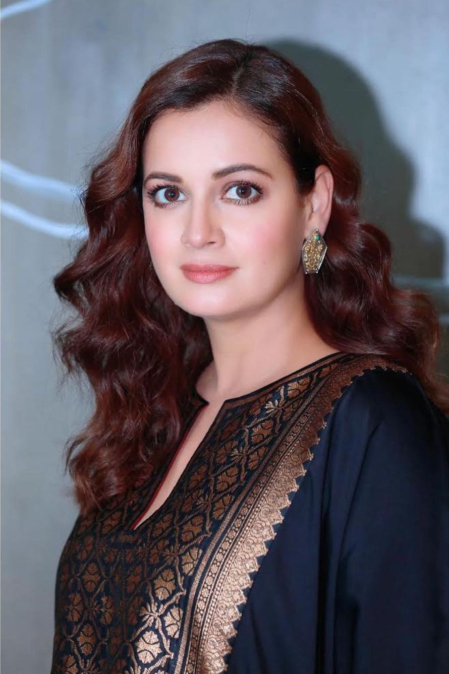 Dia Mirza in navy blue kurta set by Pyal Khandalwal for Wild dog promotions-1