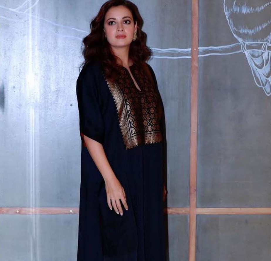 Dia Mirza in navy blue kurta set by Pyal Khandalwal for Wild dog promotions-3