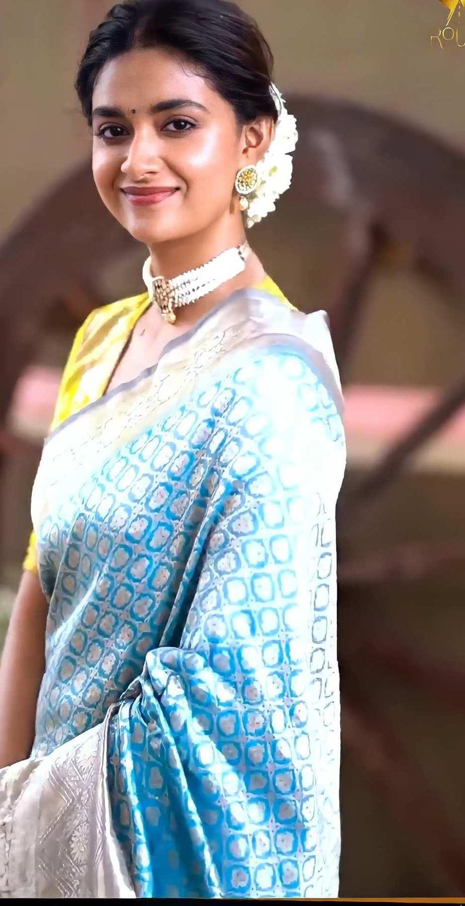 Keerthy Suresh in light blue pattu saree by Ruchi Munoth-3