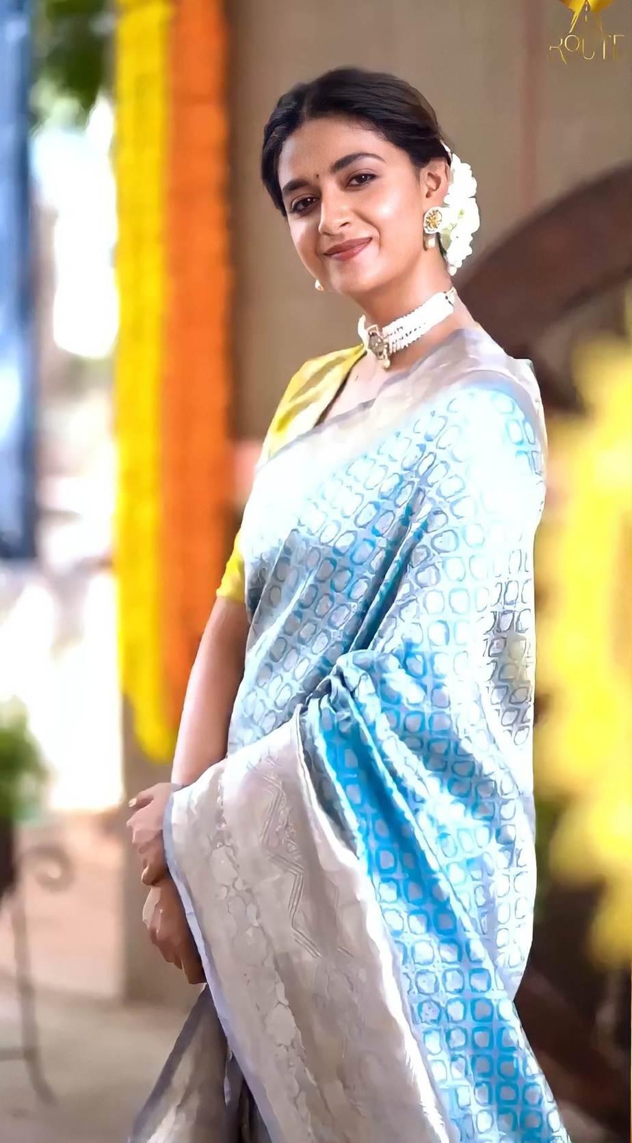 Keerthy Suresh in light blue pattu saree by Ruchi Munoth-5