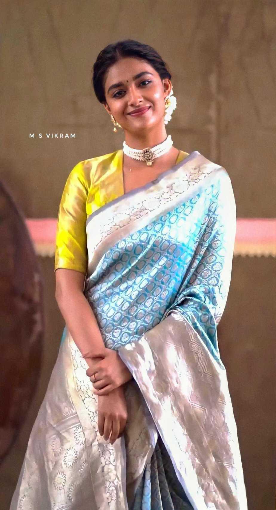 Keerthy Suresh in light blue pattu saree by Ruchi Munoth