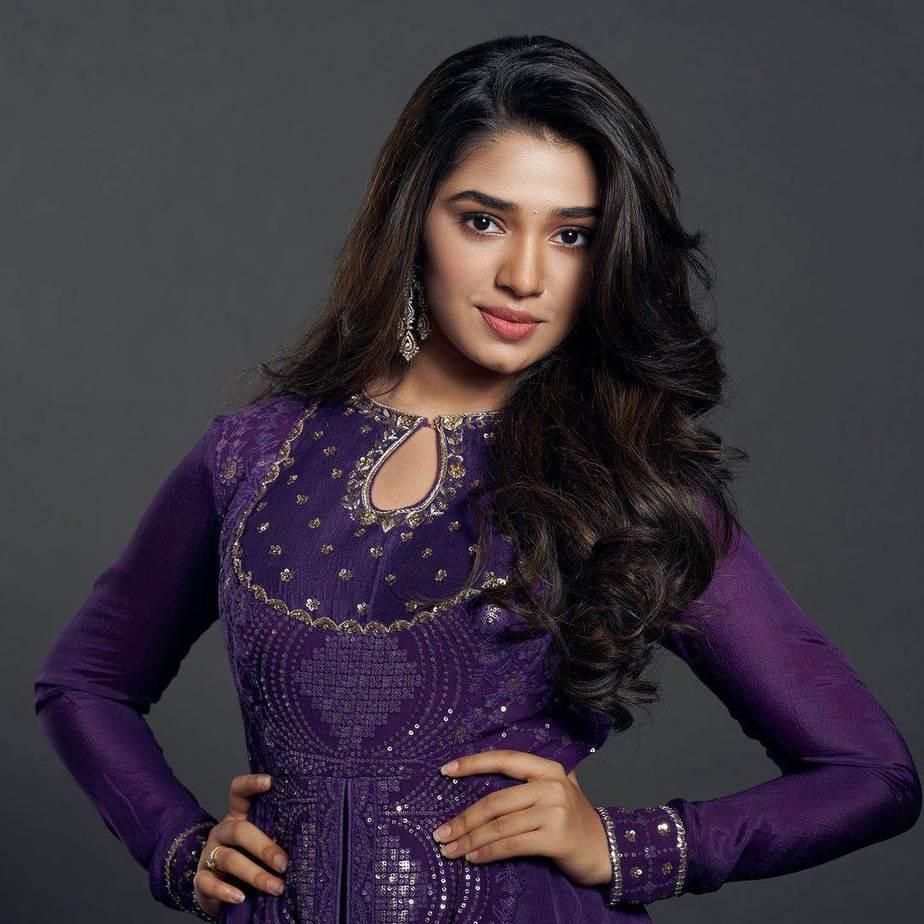 Krithi Shetty in purple anarkali by issa studio-4