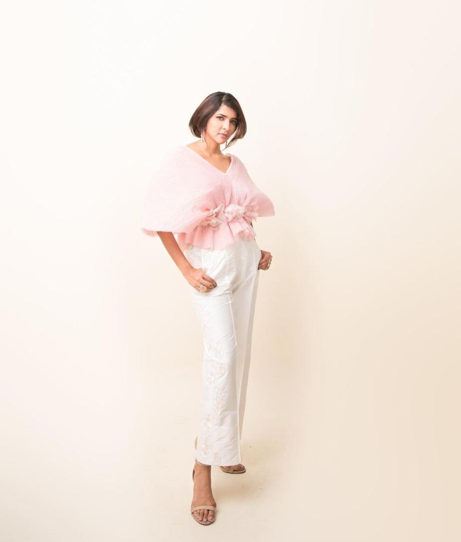 Lakshmi Manchu in pink-white outfit by Shriya Som for No.1 Yaari-2