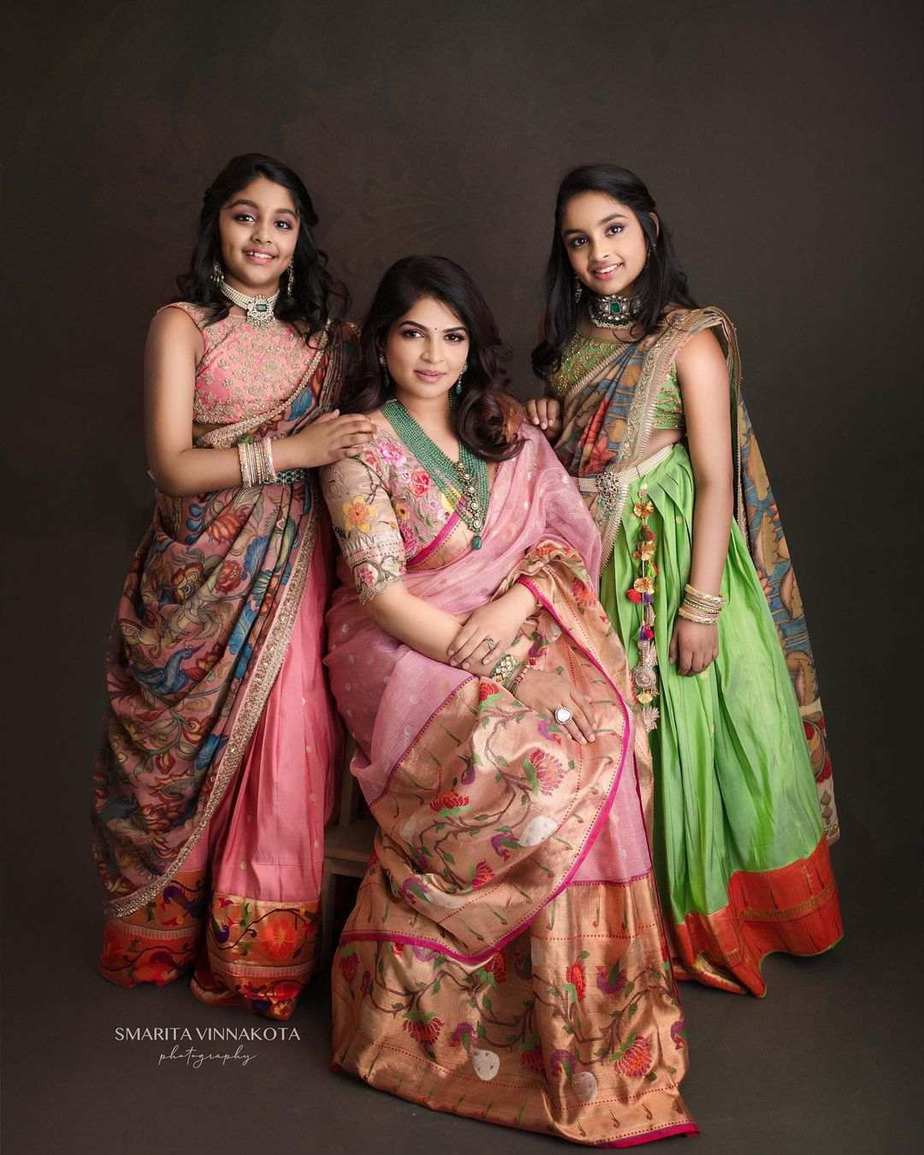 Manchu family in matching label vida outfits for Ugadi festival-5