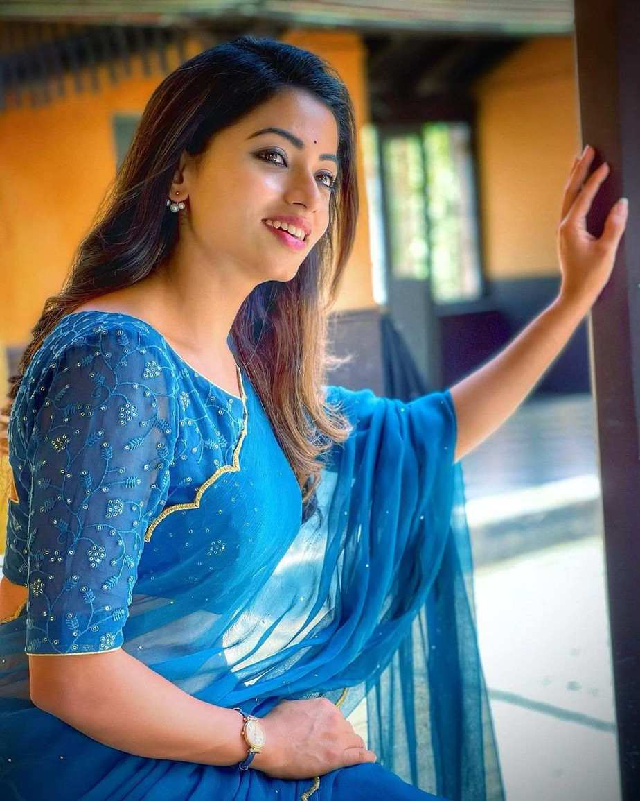 Navya Swamy in azure blue saree by Salma Azad-2