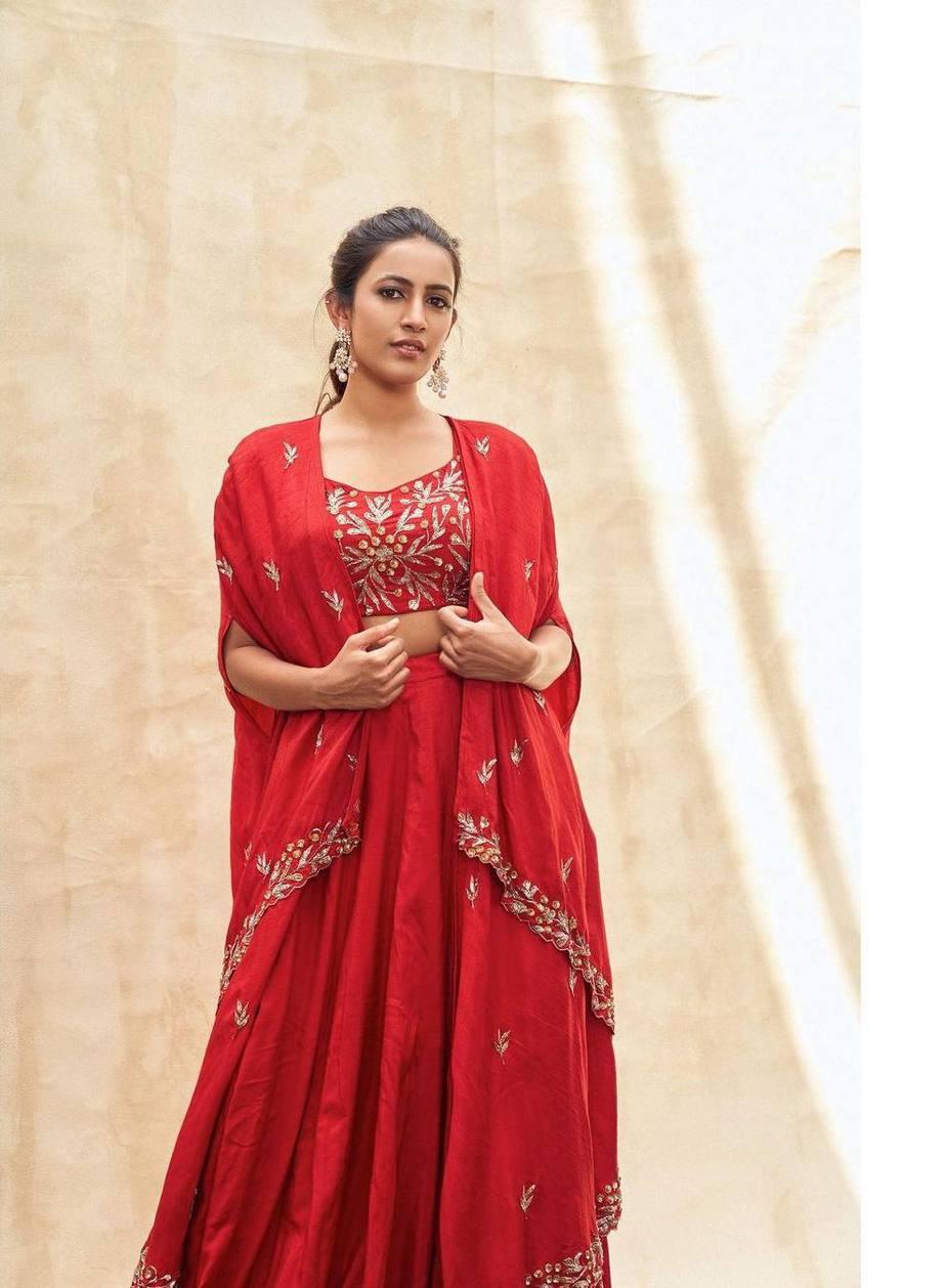 Niharika Konidela in red lehenga by pratyusha Garimella for ugadi special epeisode on Zee Telugu-2