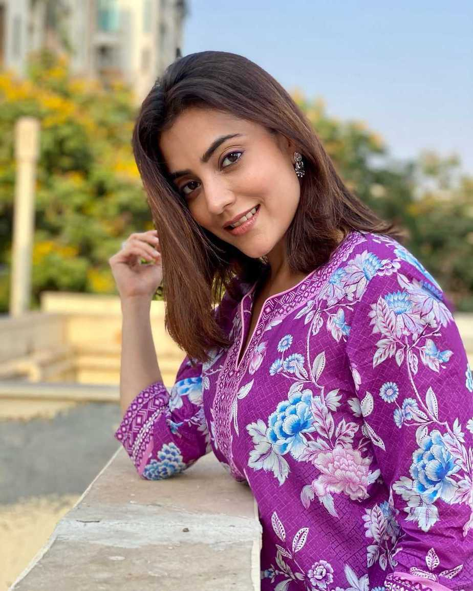 Nisha Aggarwal in a purple kurta set by Paraa-1