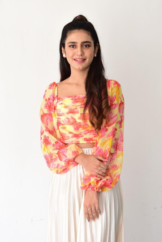 Priya Prakash varrier in skirt and top for Ishq promotions-4