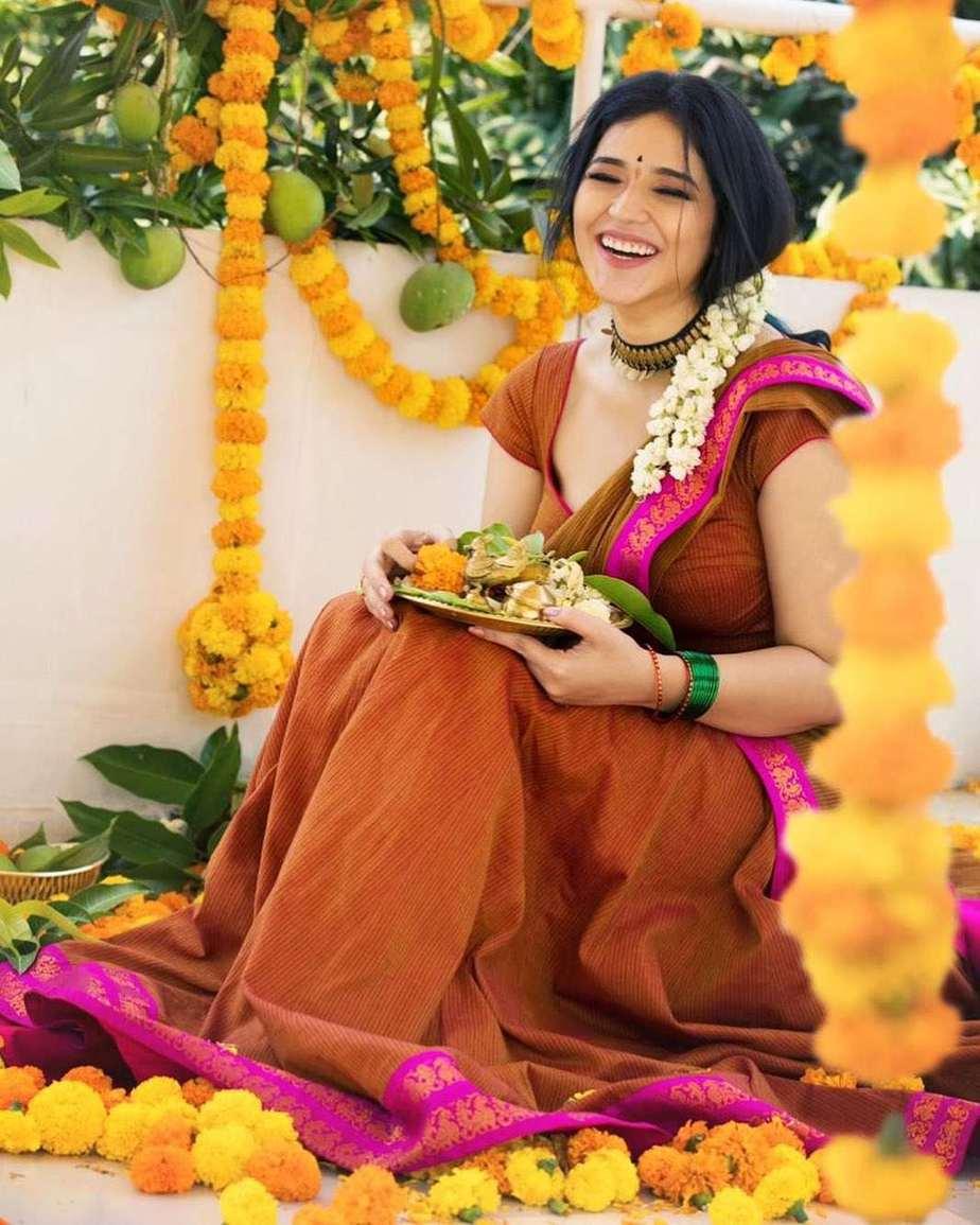 Priyanka Jawalkar in brick red half saree by Shravan kumar for Ugadi-1