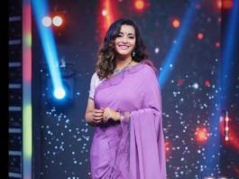 Renu Desai in a lavender saree by Sruthi Reddy for Drama juniors -1