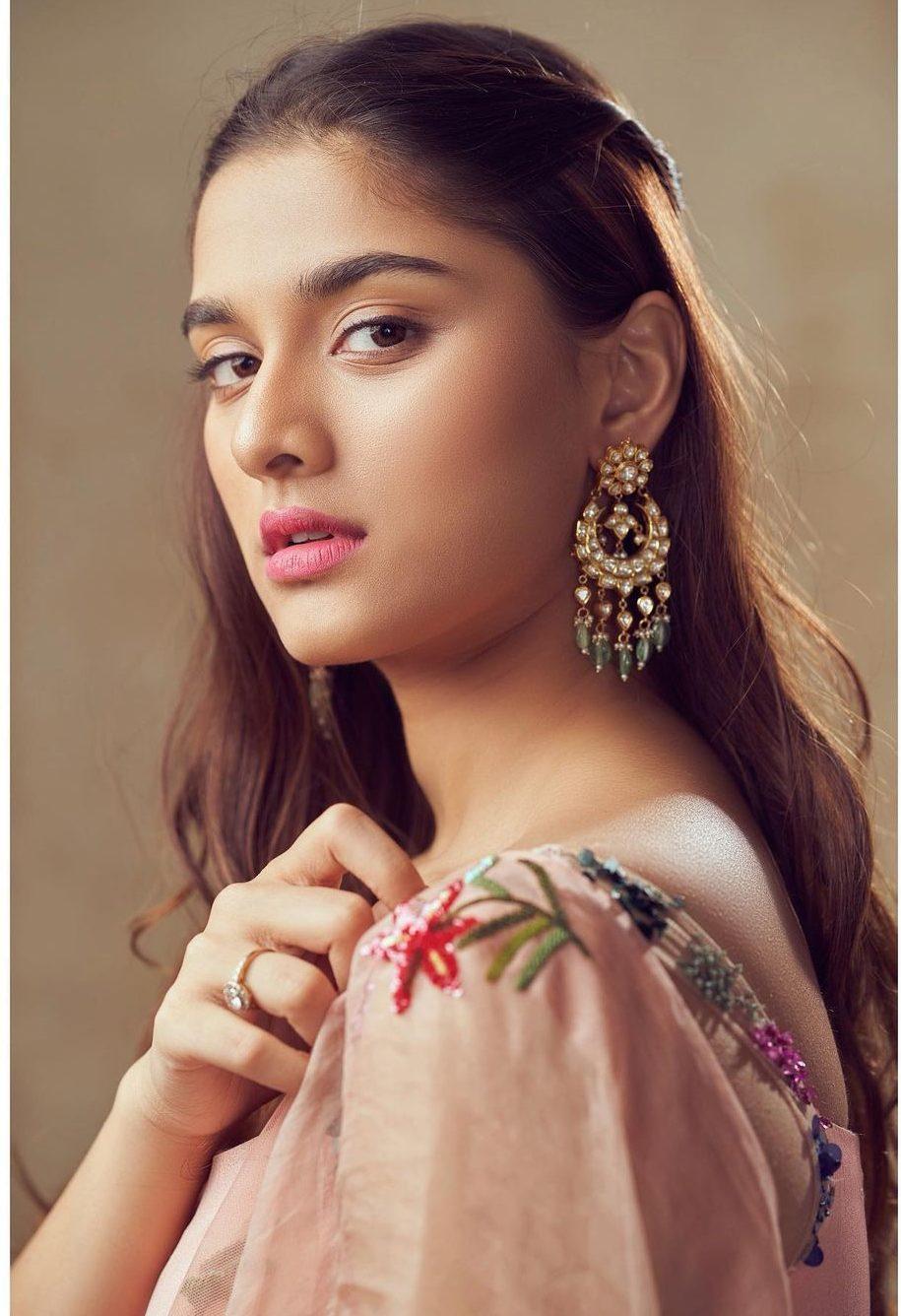 Saiee Manjrekar in Mahima Mahajan for Major movie promotions-4