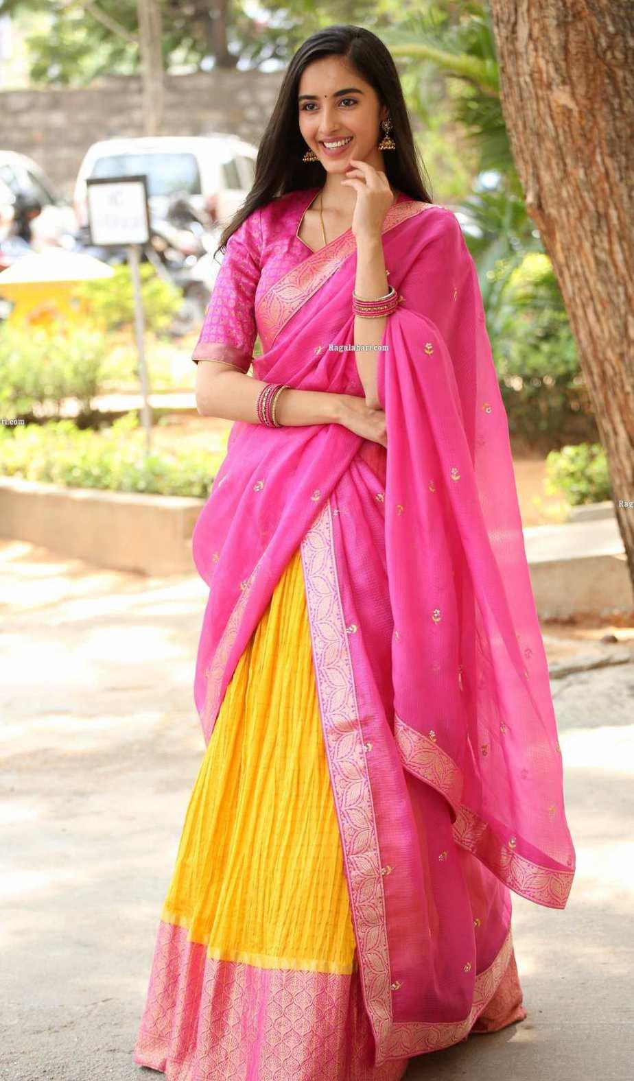 Simrat Kaur in pink half saree for Aadi new movie launch-4