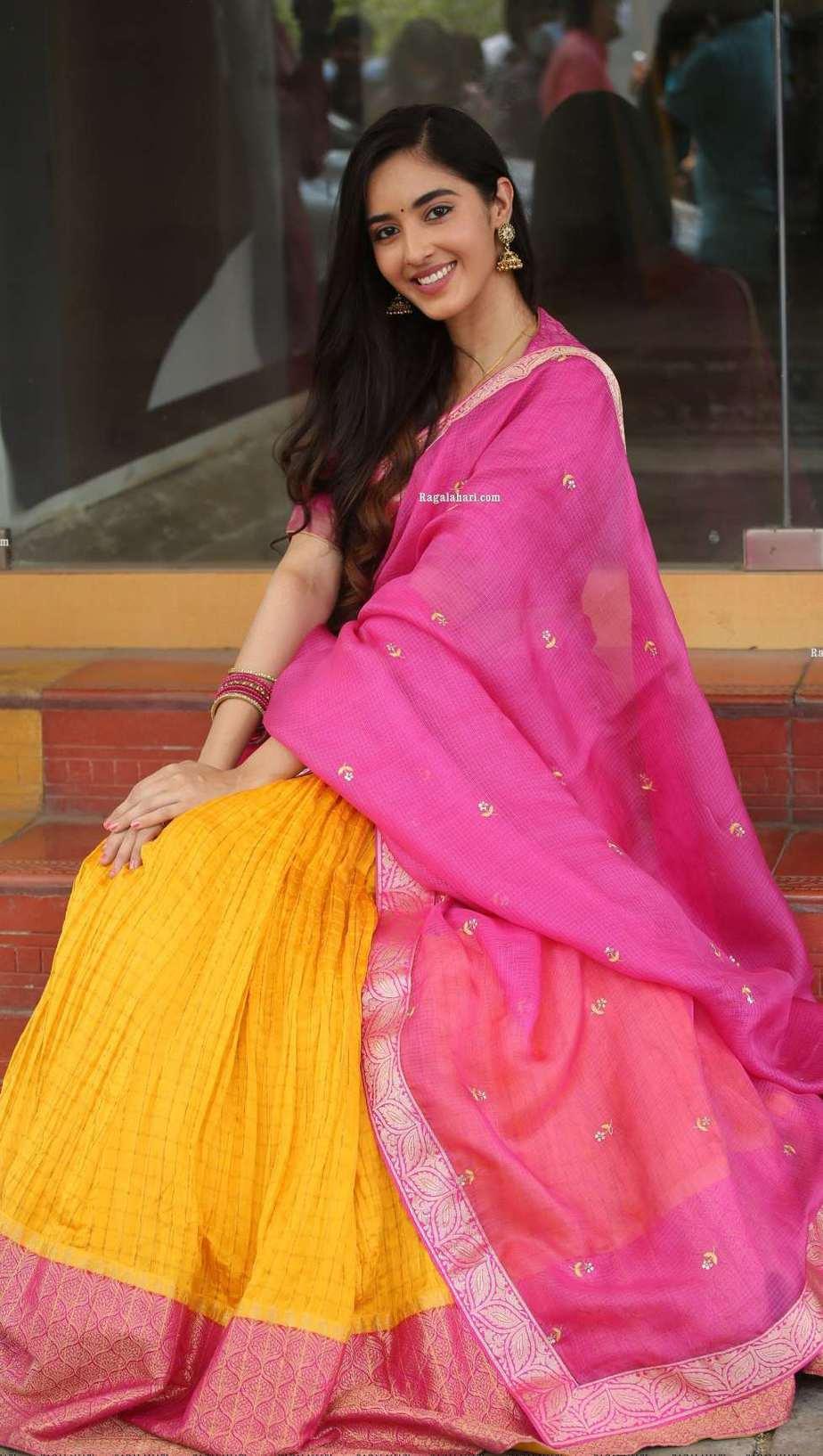Simrat Kaur in pink half saree for Aadi new movie launch