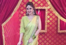 Sridevi Vijaykumar in lime green mughdha art studio saree for comedy stars show-2