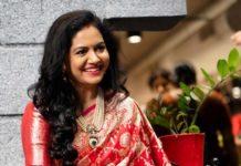 Sunitha Upadrasta in red saree by Mugdha art studio for Ugadi-1