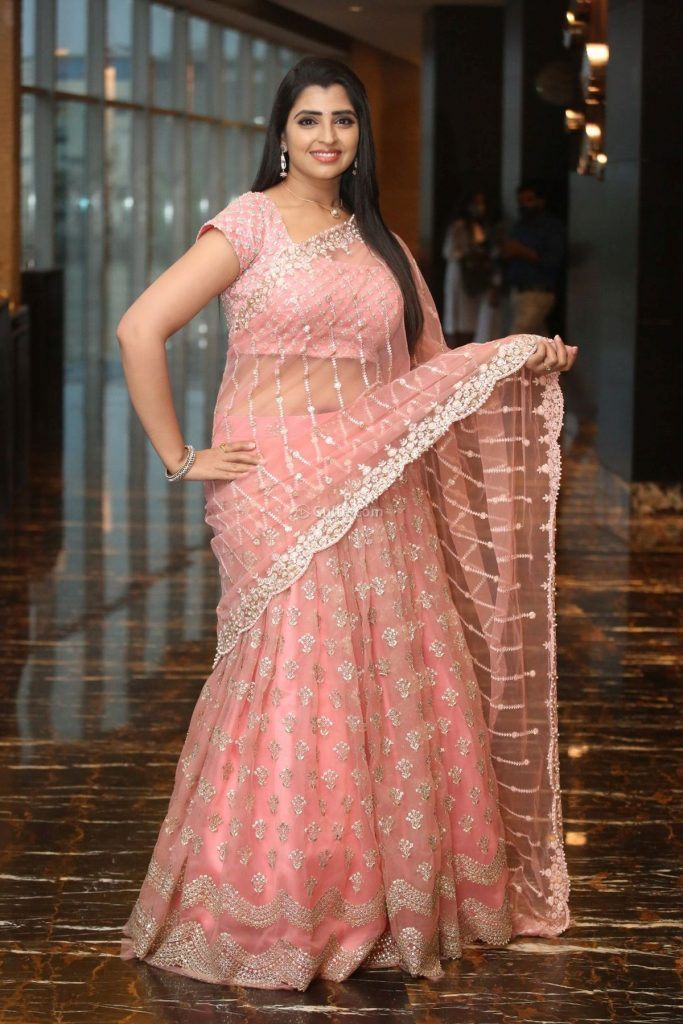Syamala in peach lehnga by Royal designers for Ishq pre-release event-4