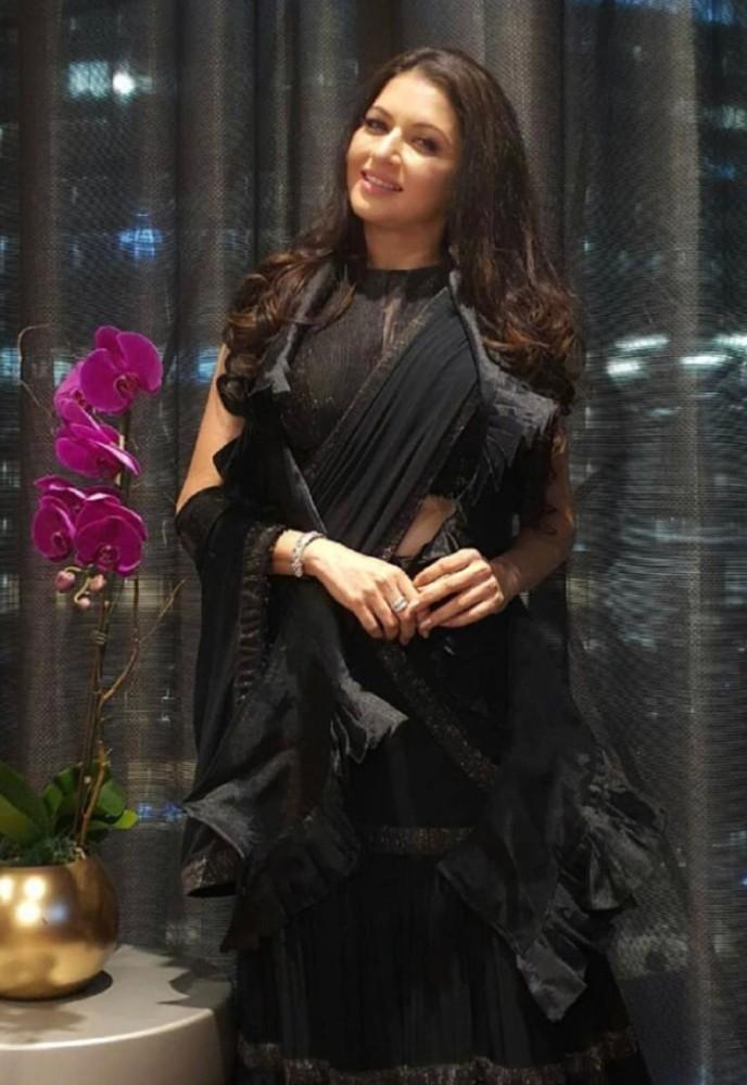 bhagyashree in black lehenga from label mohinis