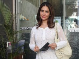 kim sharma in all-white look