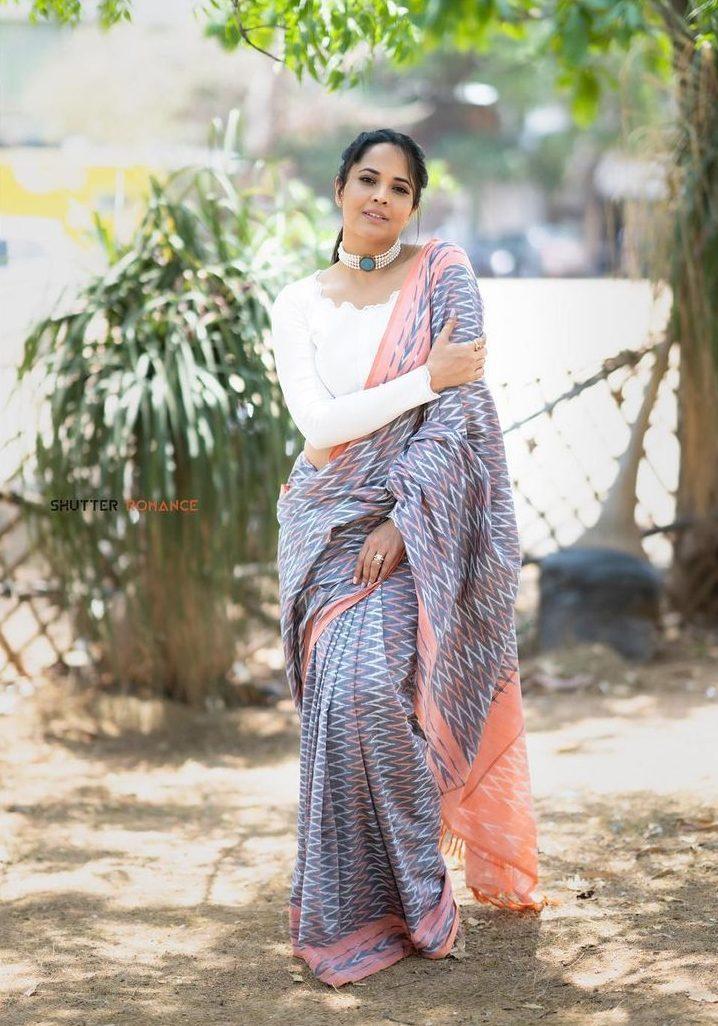 Anasuya Bharadwaj in a traditional saree by Gauri Naidu for Jabardasth-3