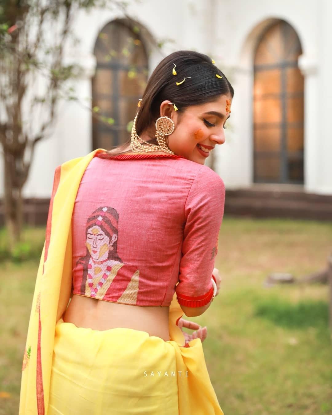 Gaye holud blouse-sayanti ghosh-3