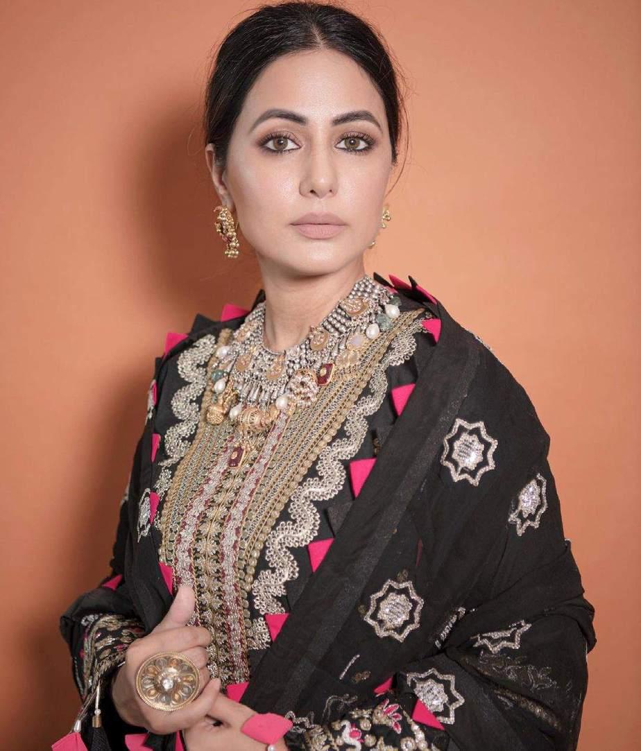 Hina Khan in a black kurta set by Maryam hussain-3
