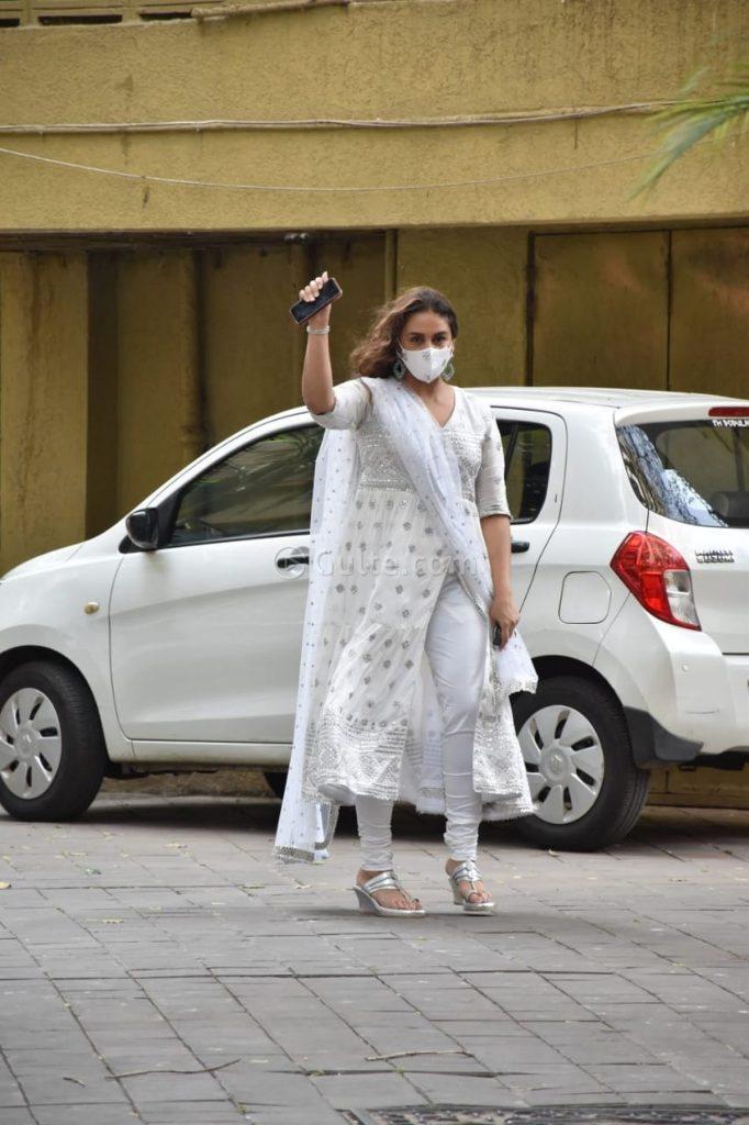Huma Qureshi in white anarkali for eid