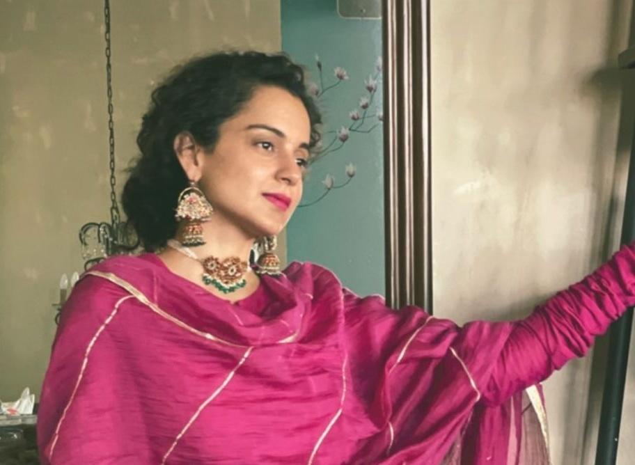Kangana Ranaut in rani pink sharara set for eid-1.1