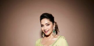 Madhuri Dixit in a sunflower yellow lehenga by Seema Gujral for dance deewane-1