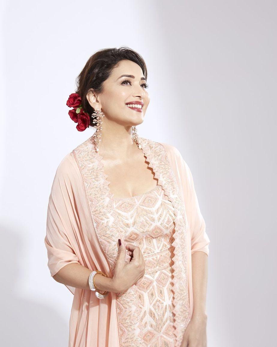 Madhuri Dixit in pink sharara cape set by Ritika Mirchandani for dance deewane-1