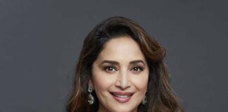Madhuri Dixit in silver Mnaish Malhotra saree for dnace deewane-2