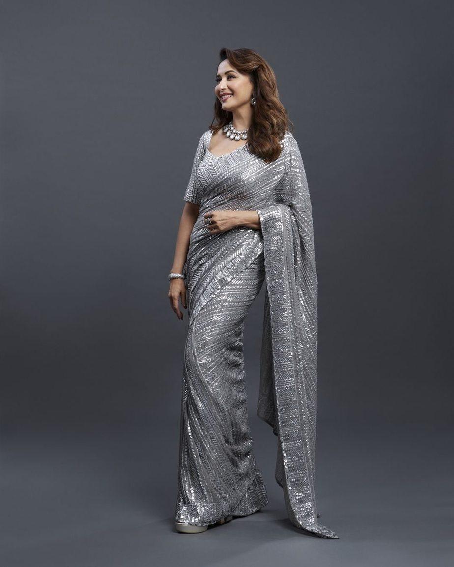 Madhuri Dixit in silver Mnaish Malhotra saree for dnace deewane