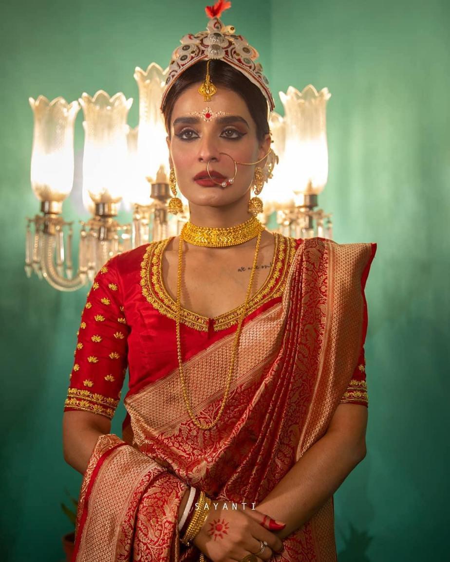 Mala badal art blouse-sayanti ghosh