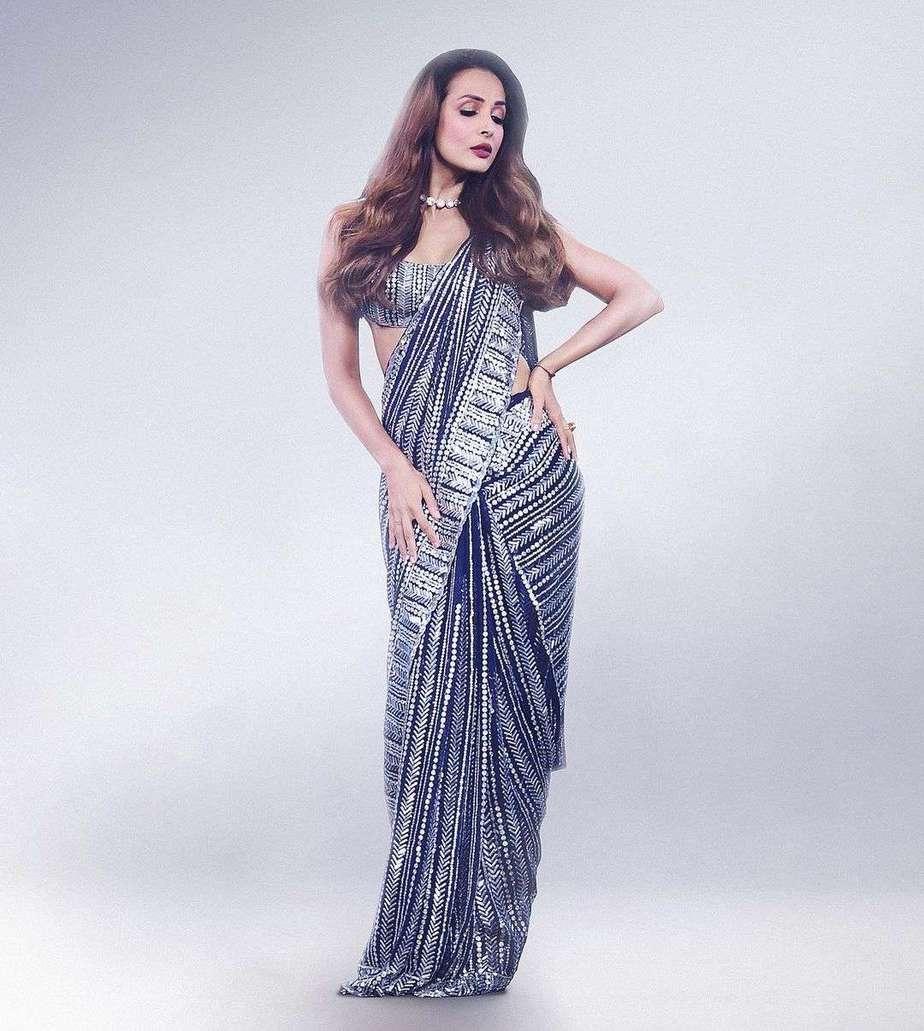 Malaika Arora in blue Manish Malhotra saree for super dancer 4-4