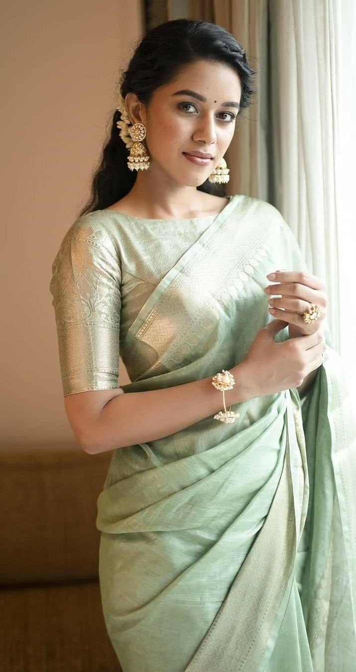 Mirnalini Ravi in mint green pattu saree for MGR Magan launch -3