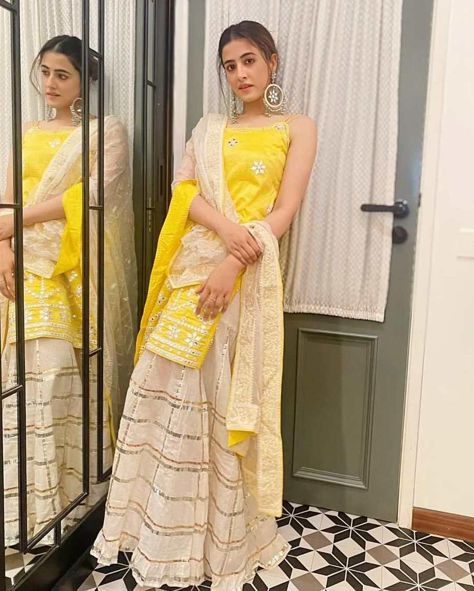 Nupur Sanon in yellow sharara set by Gopi Vaid-2