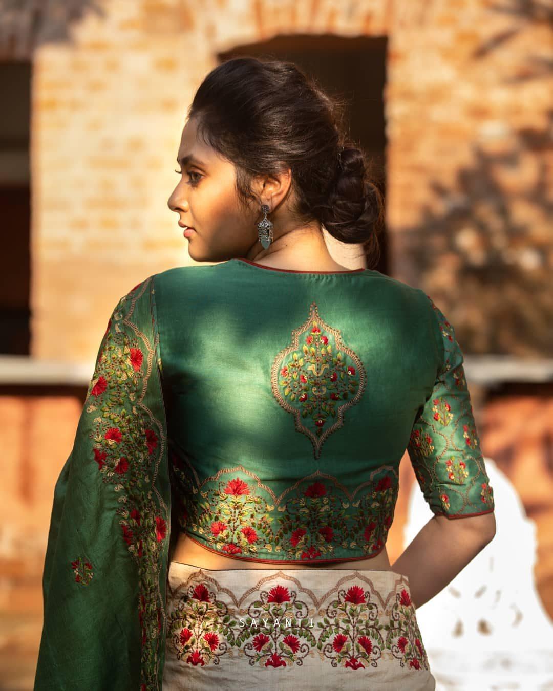 Persian architecture embroidery blouse-Sayanti ghosh