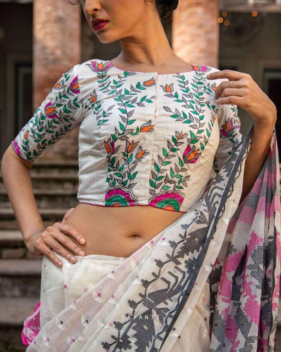 Radha Krishna hand painted saree-Sayanti ghosh-1