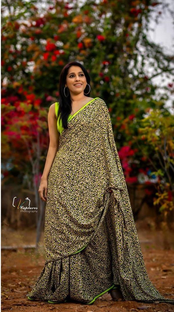 Rashmi Gautam in animal print saree by Shruti clothing-1