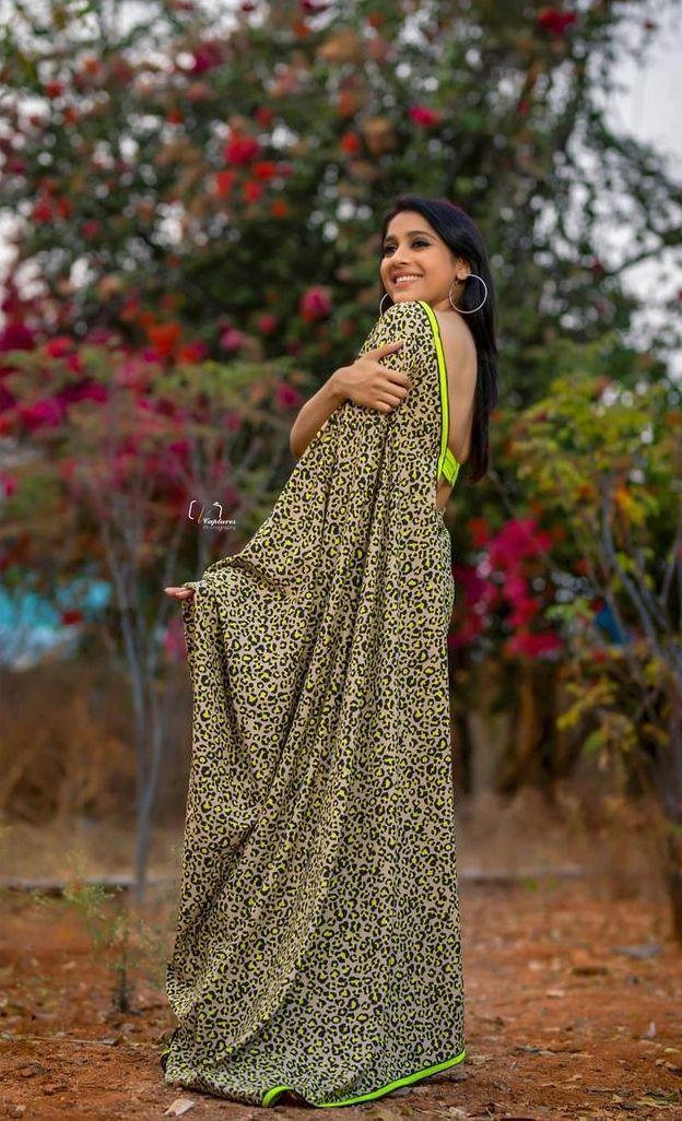 Rashmi Gautam in animal print saree by Shruti clothing-3