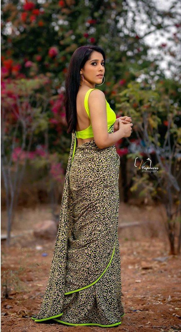 Rashmi Gautam in animal print saree by Shruti clothing