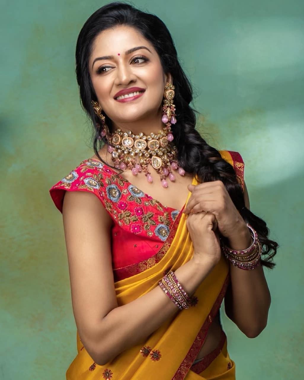 Vimala Raman in a half saree by Anya boutique-1