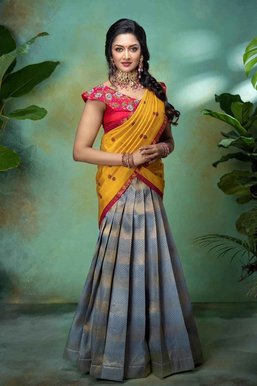 Vimala Raman in a half saree by Anya boutique-2