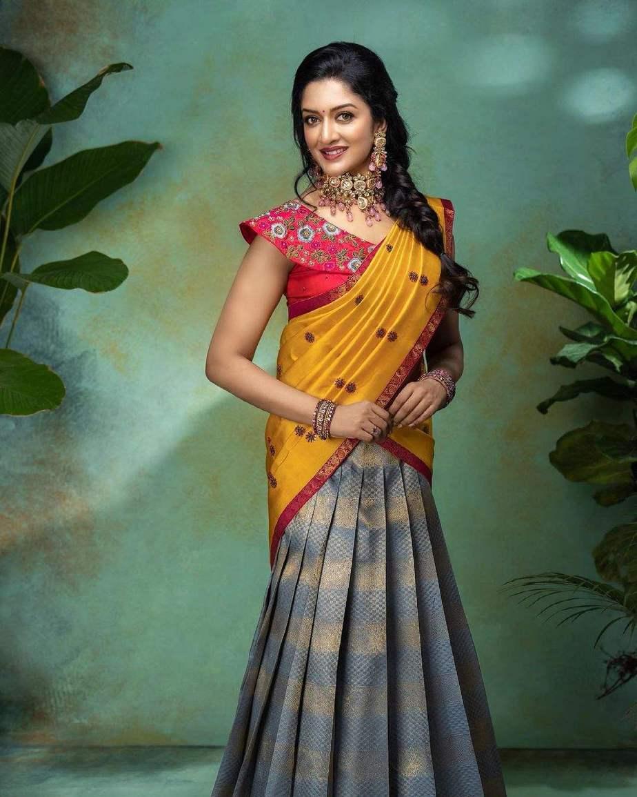 Vimala Raman in a half saree by Anya boutique-4