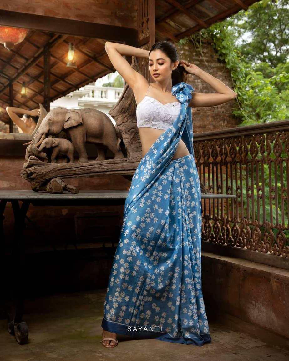 blue shueli flower saree-Sayanti Ghosh