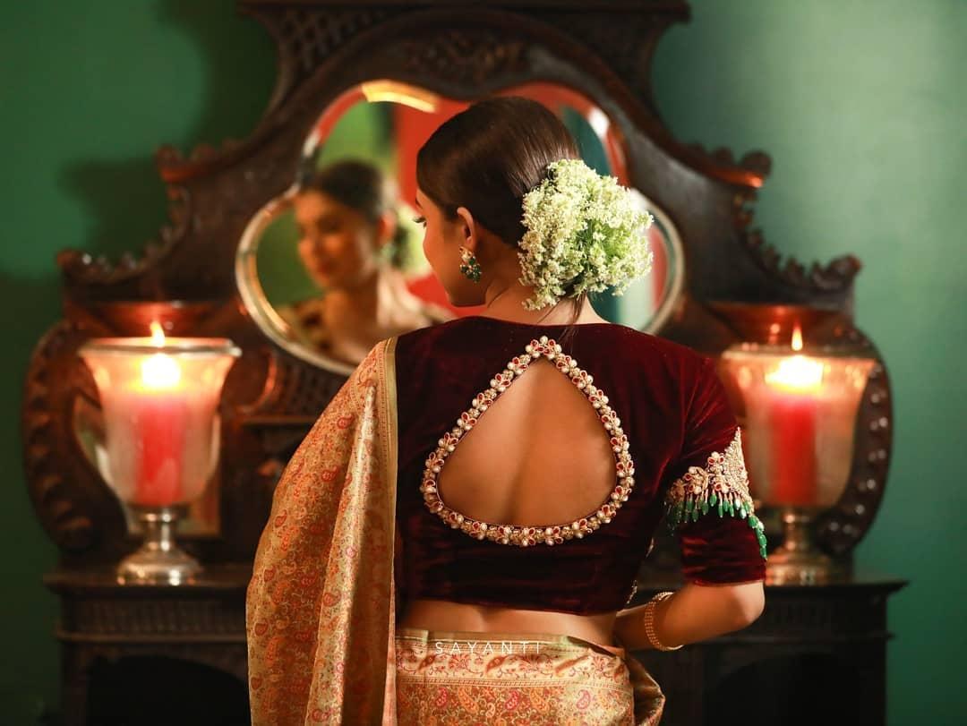 maroon-bajubandh velvet blouse-Sayanti Ghosh