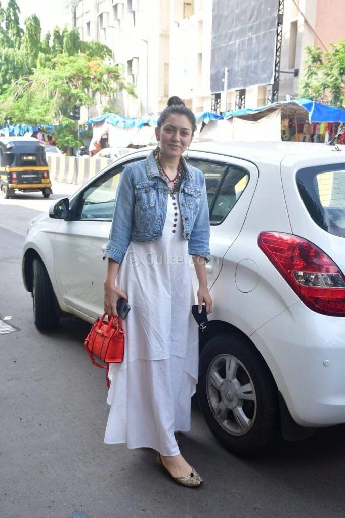 Hansika Motwani in white maxi dress-2